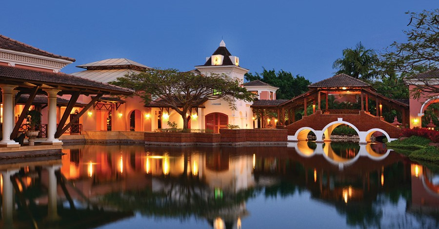 How much does a destination wedding at Park Hyatt, Goa cost?
